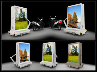 China Mobile Taxi LED Display IP65 Waterproof , Motorcycle Moving Message Display supplier
